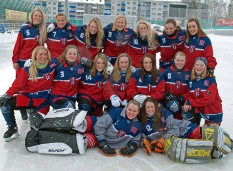 Fem spennende norske damebandyspillere